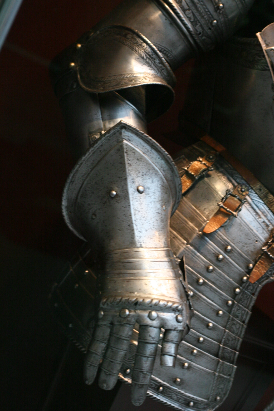 gautlets and armor