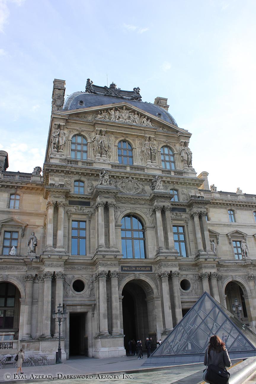 Louvre Museum-12