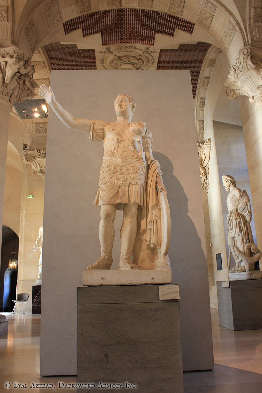 The Louvre Museum Statue-4