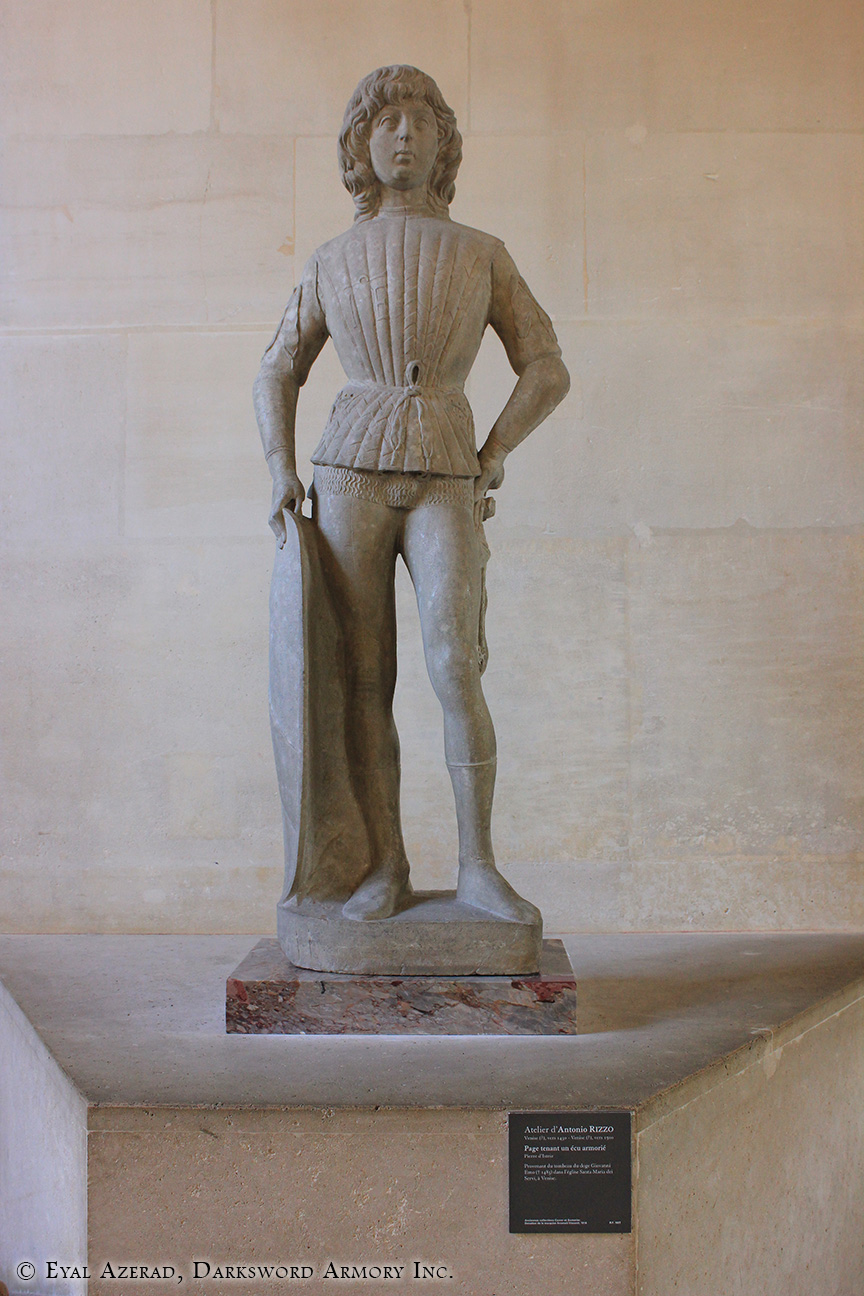 The Louvre Museum Statue-5