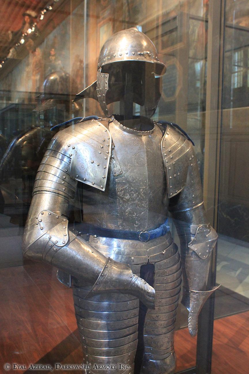 power armor statue upper