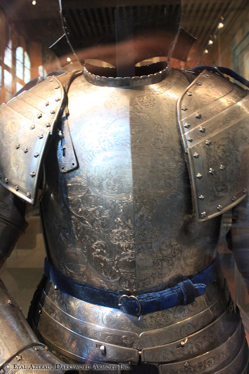 power armor statue body