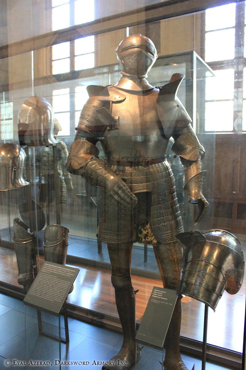 medieval lower body armor-1