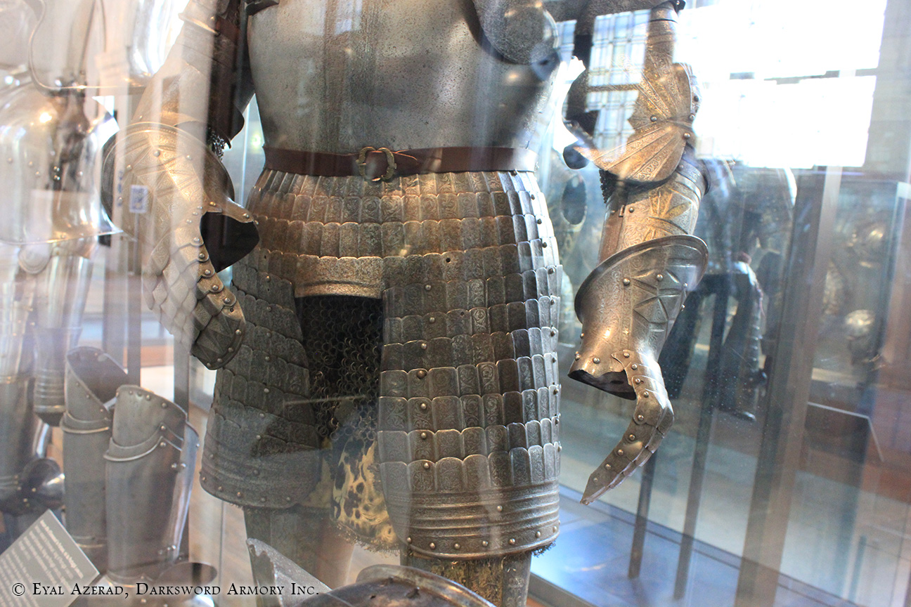 medieval lower body armor-2