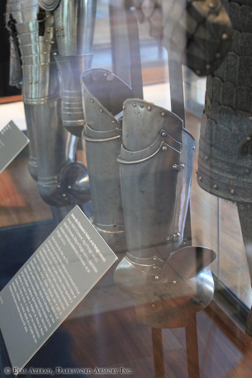 medieval armor Statue dress parts