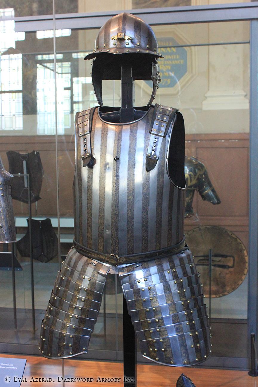 medieval upper body armor + helmet 1