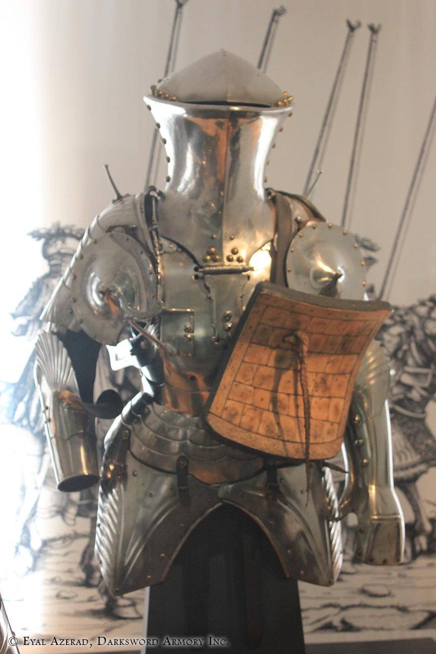 Medieval Armor Upper Body7