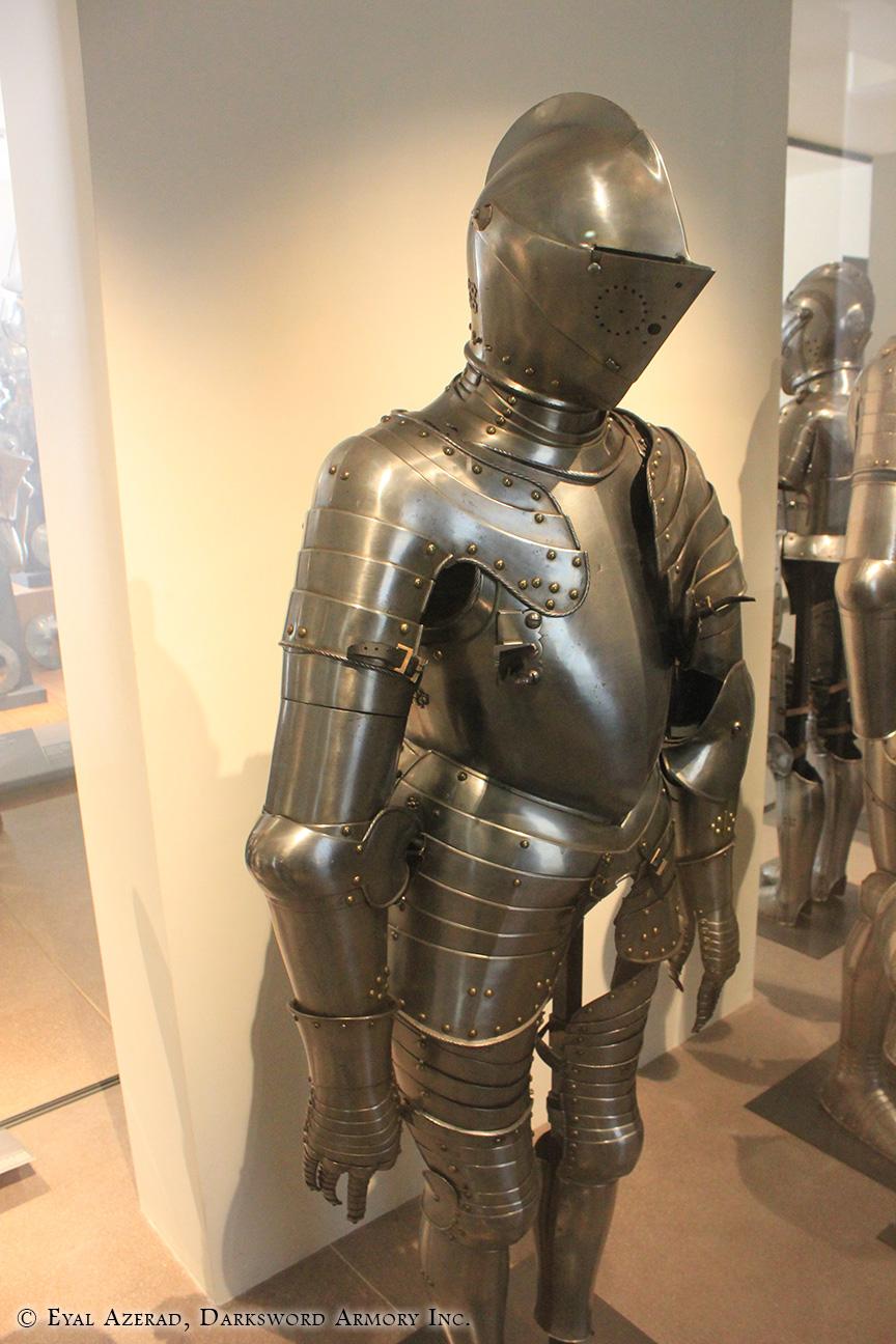Medieval Armor Full Body4