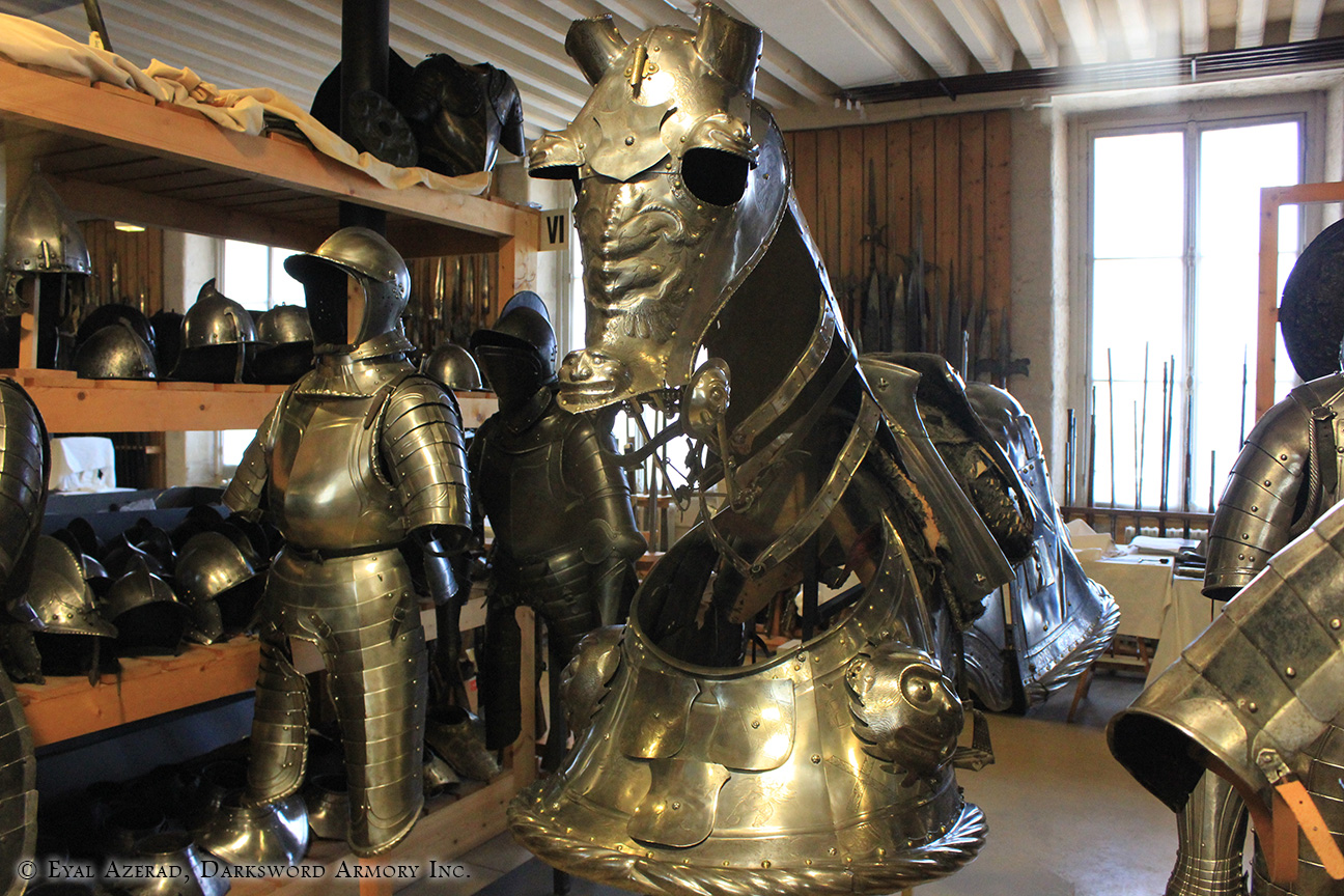 statue and armor-1