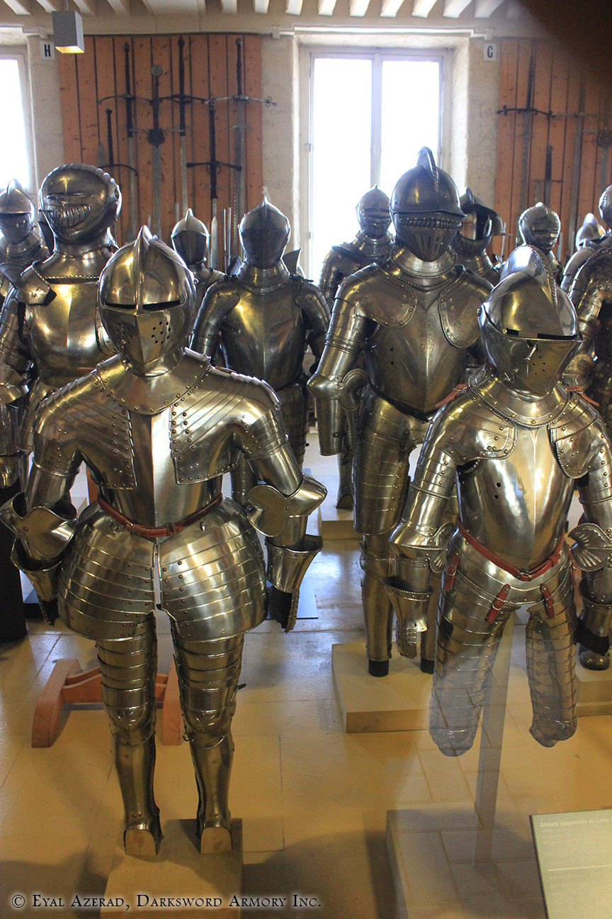 different medieval armors -3
