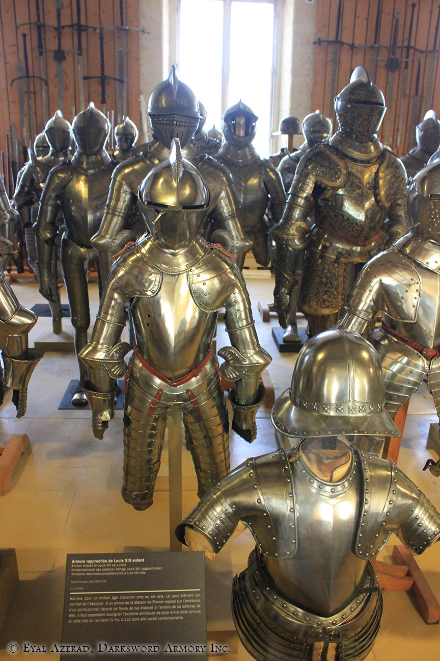 different medieval armors -4