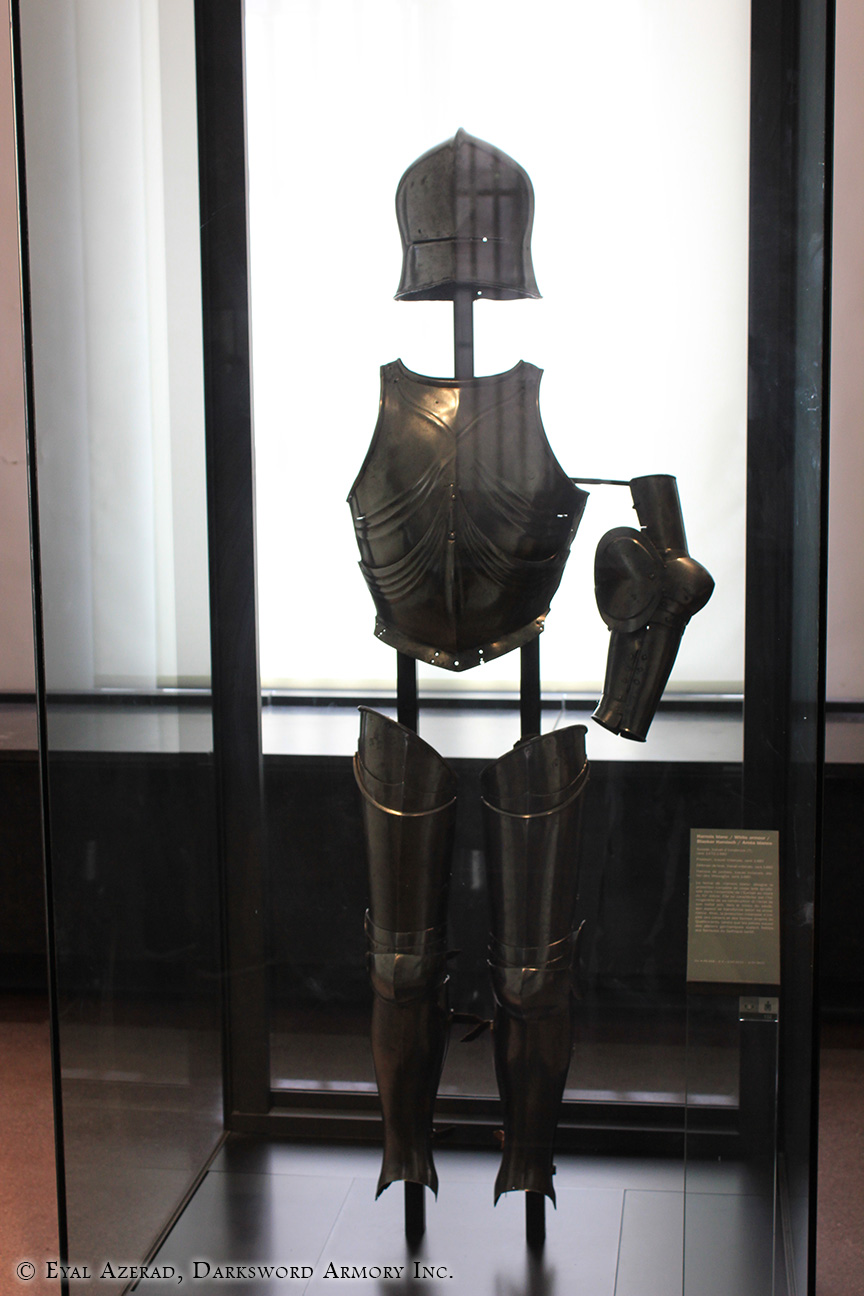 armor accessories display-1