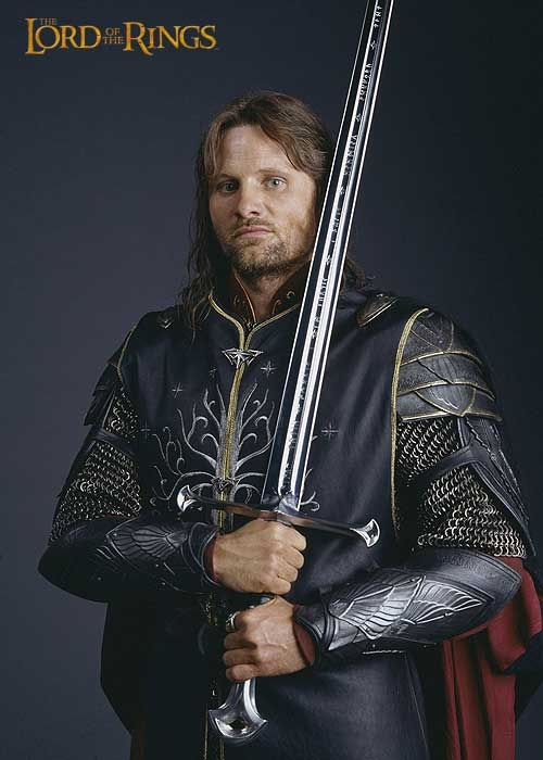 the-anduril-sword-king-of-elessar
