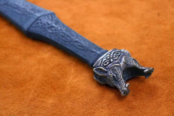 the-wolfsbane-norse-medieval-viking-longsword-medieval-weapon-1544-pommel-2