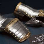 gauntlets of maximilian i c  15141 150x150 The Evolution of the Medieval Gauntlet