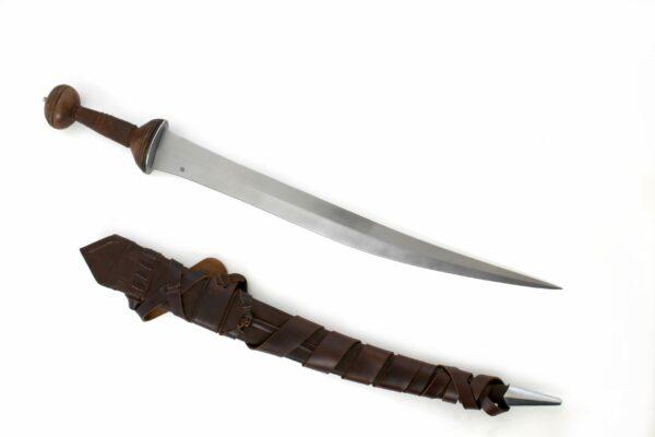 the-roman-gladiator-sword-1323-5