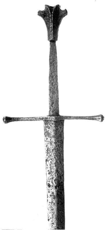 1332-Gothic-sword-Landesmuseum