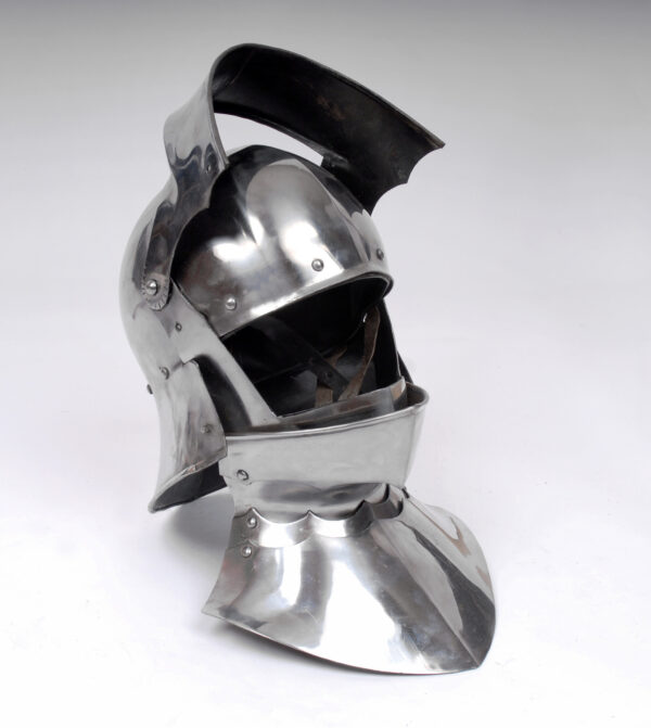 1735-German-sallet-helmet-gothic-armor (3)