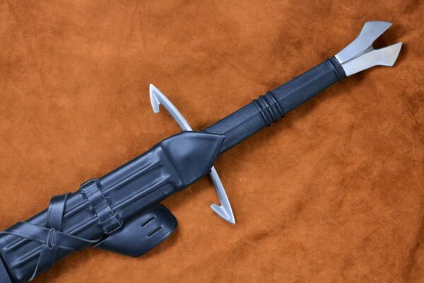 black-death-medieval-gothic-sword-medieval-weapon-1372-hilt