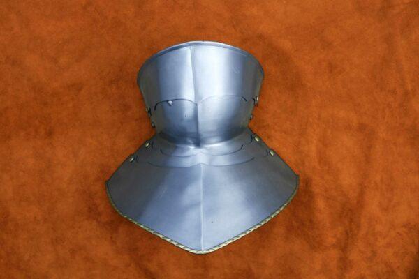 medieval-armor-bevor-darksword-armory-3
