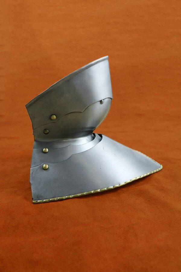 medieval-armor-bevor-darksword-armory-4