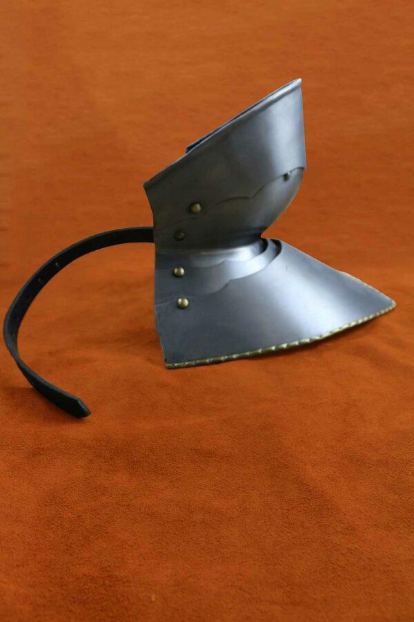 medieval-armor-bevor-darksword-armory-5