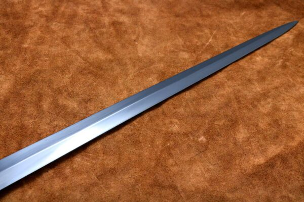 two-handed-medieval-sword-medieval-weapon-longsword-1332-blade