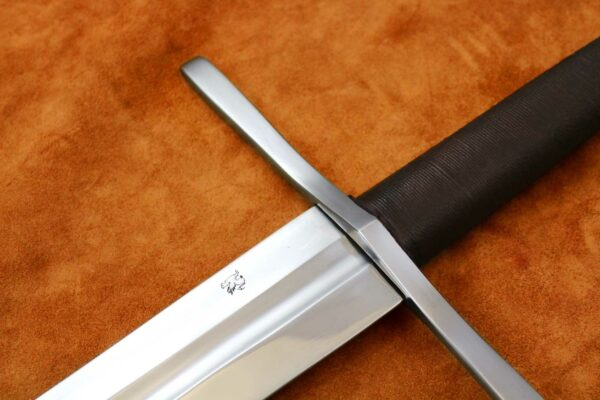 14th-century-two-handed-templar-sword-medieval-weapon-1339-hilt