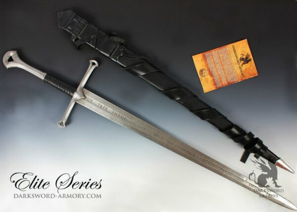 lord-of-the-rings-anduril-sword
