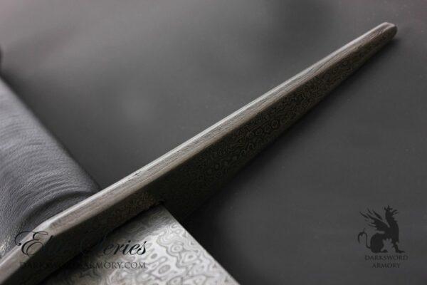 templar-sword-blade-edge