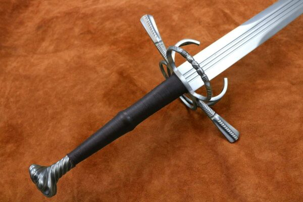 16th-century-two-handed-zweihander-basket-medieval-weapon-1535-hilt-blade