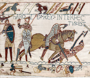 800px-Bayeux_Tapestry_scene57_Harold_death1-300x261