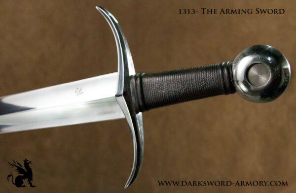 arming-sword-13-1024x669
