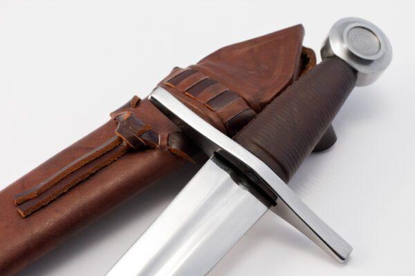 Crusader-Medieval-dagger (3)
