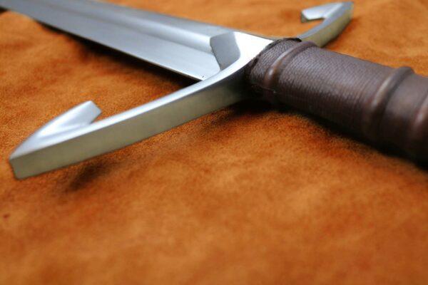 black-knight-medieval-sword-1312-medieval-weapon-hilt-5
