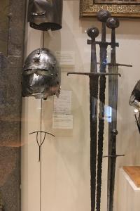 black-prince-medieval-sword-museum-3