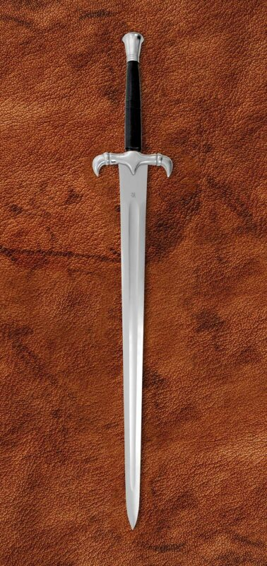 the-guardian-fantasy-medieval-sword-1523