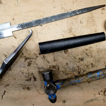 unassembled-black-prince-sword-darksword-tang