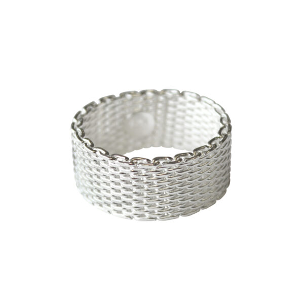 Chain-mail-ring-medieval