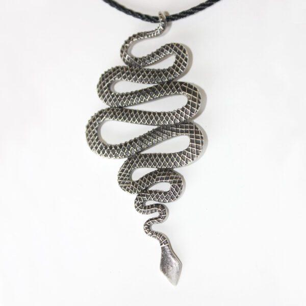 snak-pendant-2-jewelry