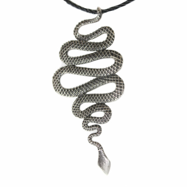 snake-pendant-jewelry