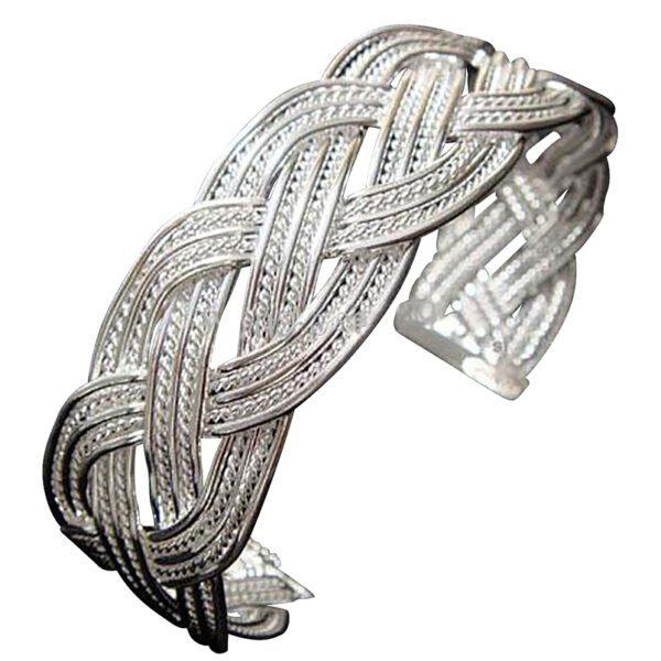 Celtic-Knot-Bracelet