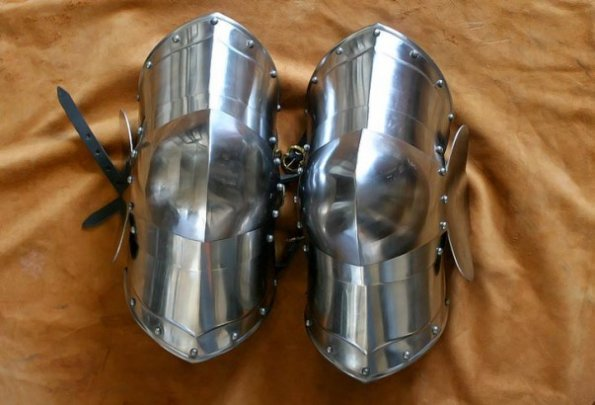 Edward The IIIrd leg Armor (#1718)