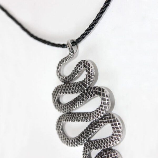 Snake Pendant (4023)