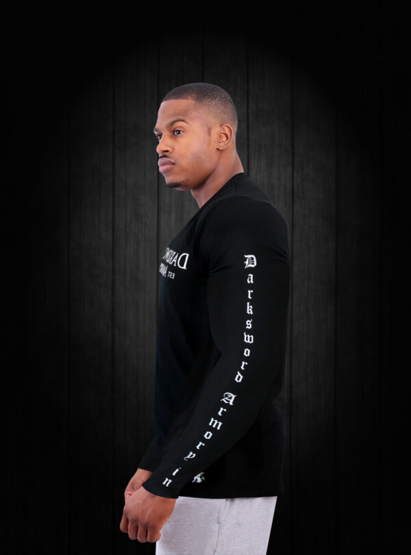 dsa-longsleeve-shirt-darksword-armory-478-side-view