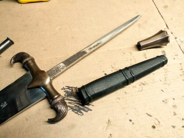 eindride-sword-full-tang-battle-ready-fully-functional-medieval-weapon-darksword