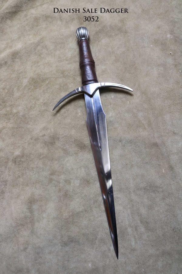 danish-sale-dagger-3052-back