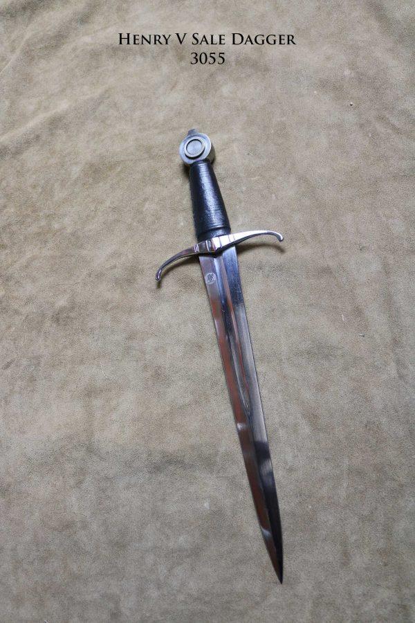 henry-v-sale-dagger-3055