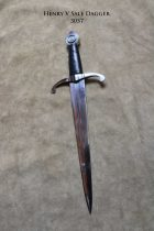 henry-v-sale-dagger-3057-back