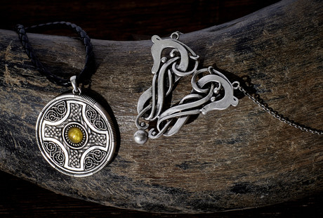 medieval-jewelry-darksword-armory-celtic-norse